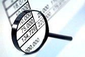 lente-di-ingrandimento-su-dati-finanziari